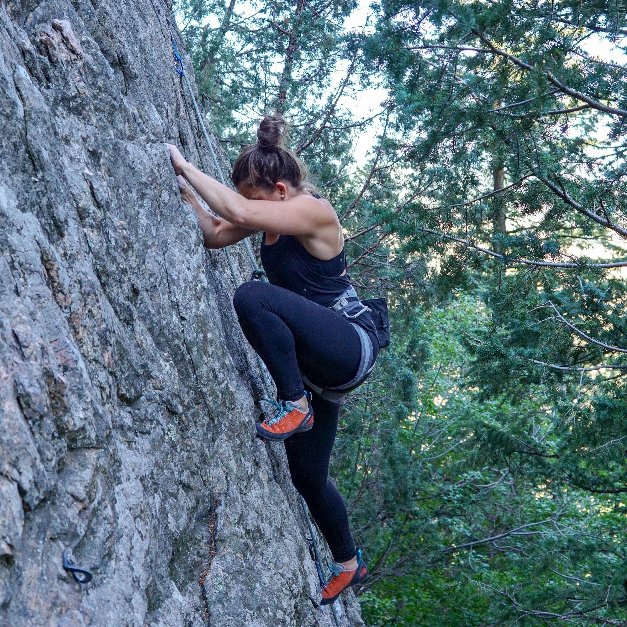 stephanie-kemp-rock-climbing-in-colorado