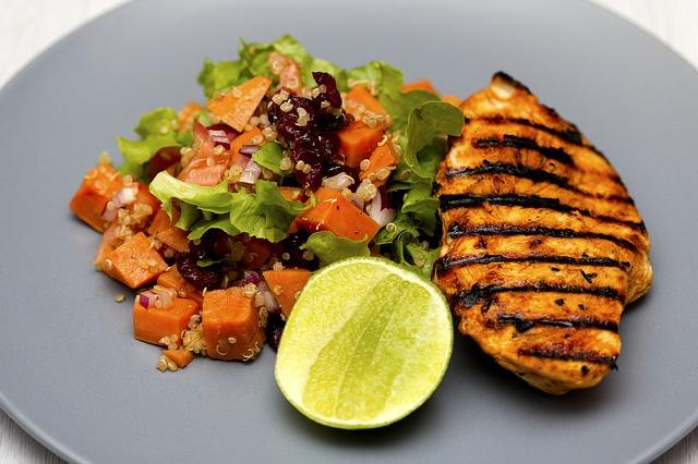 grilled-chicken-1334632_640